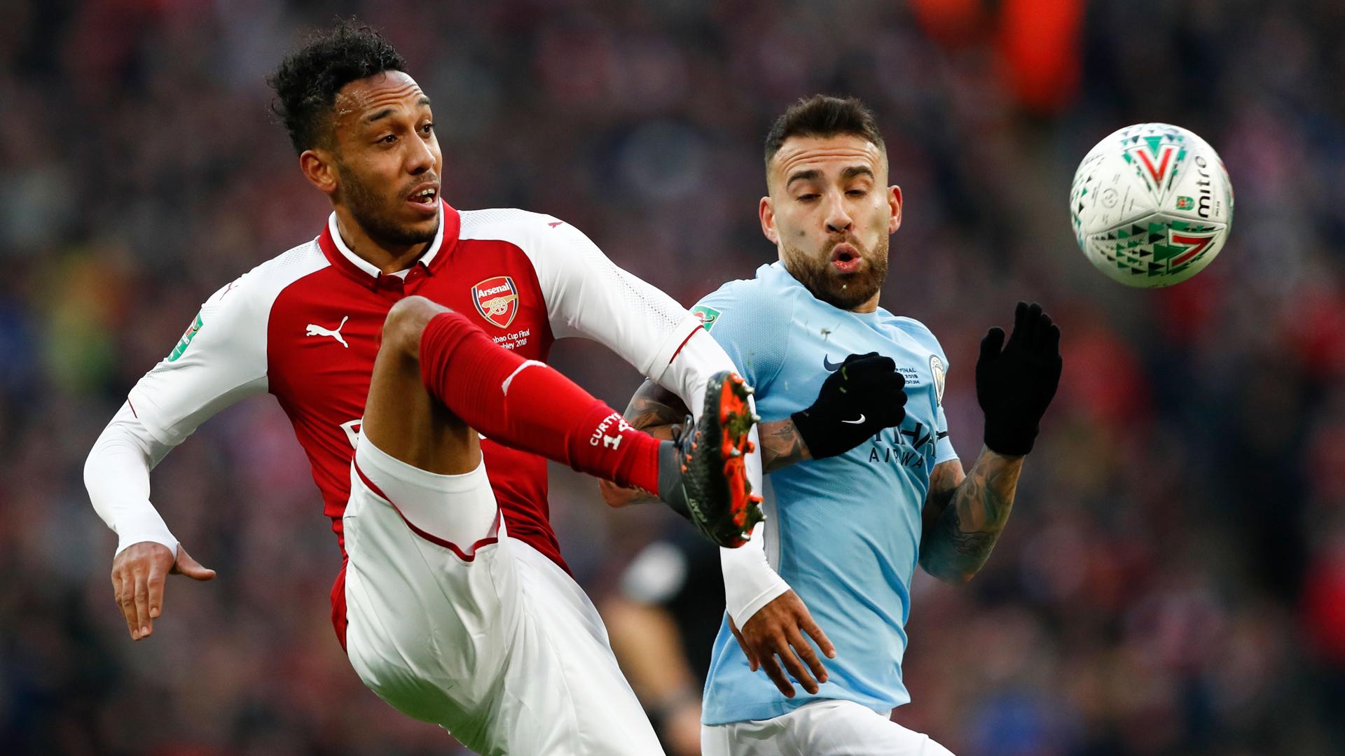 FC Arsenal Manchester City Aubameyang Otamendi 25022018