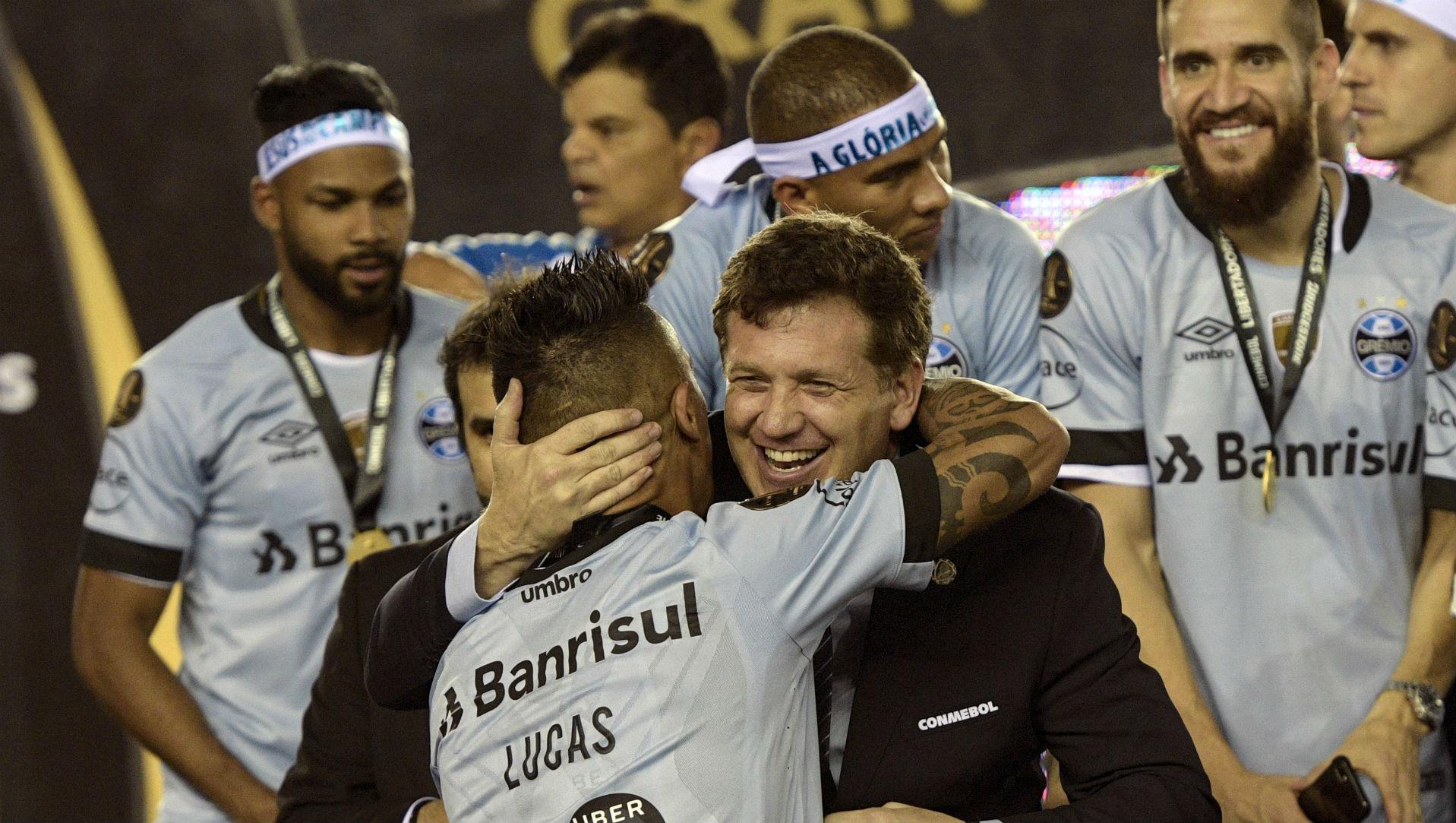 291117 Gremio Lanús Lucas Barrios Copa Libertadores