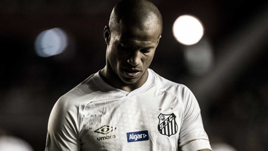 Carlos Sanchez Independiente Santos 21082018