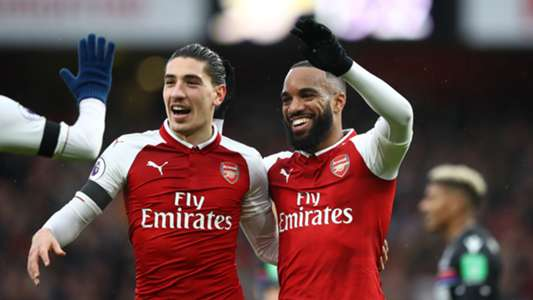 Hector Bellerin Alexandre Lacazette Arsenal Crystal Palace Premier League