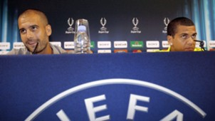 Pep Guardiola Dani Alves Barcelona 27082009