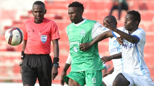 Kenneth Muguna of Gor Mahia and Boniface Akenga of Nakumatt.