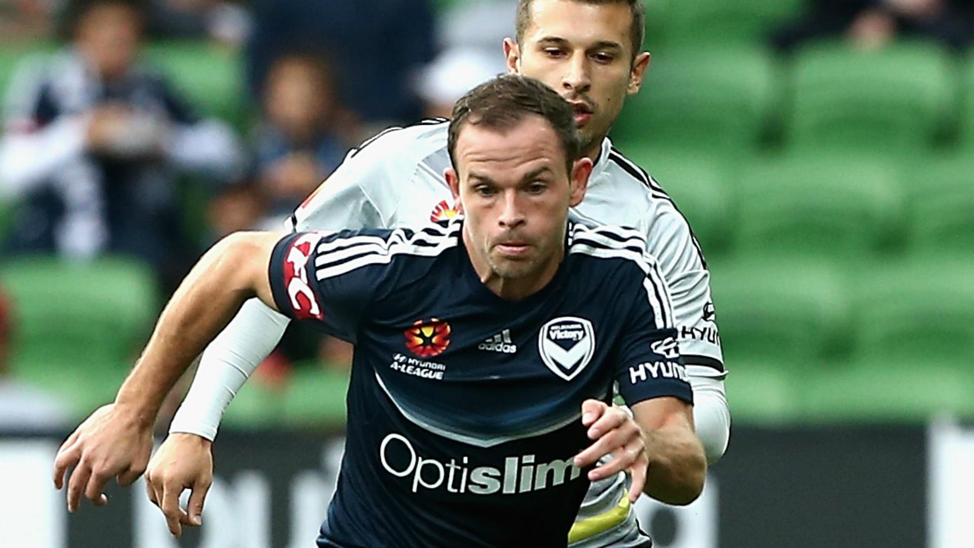 Leigh Broxham Melbourne Victory v Wellington Phoenix 02042017
