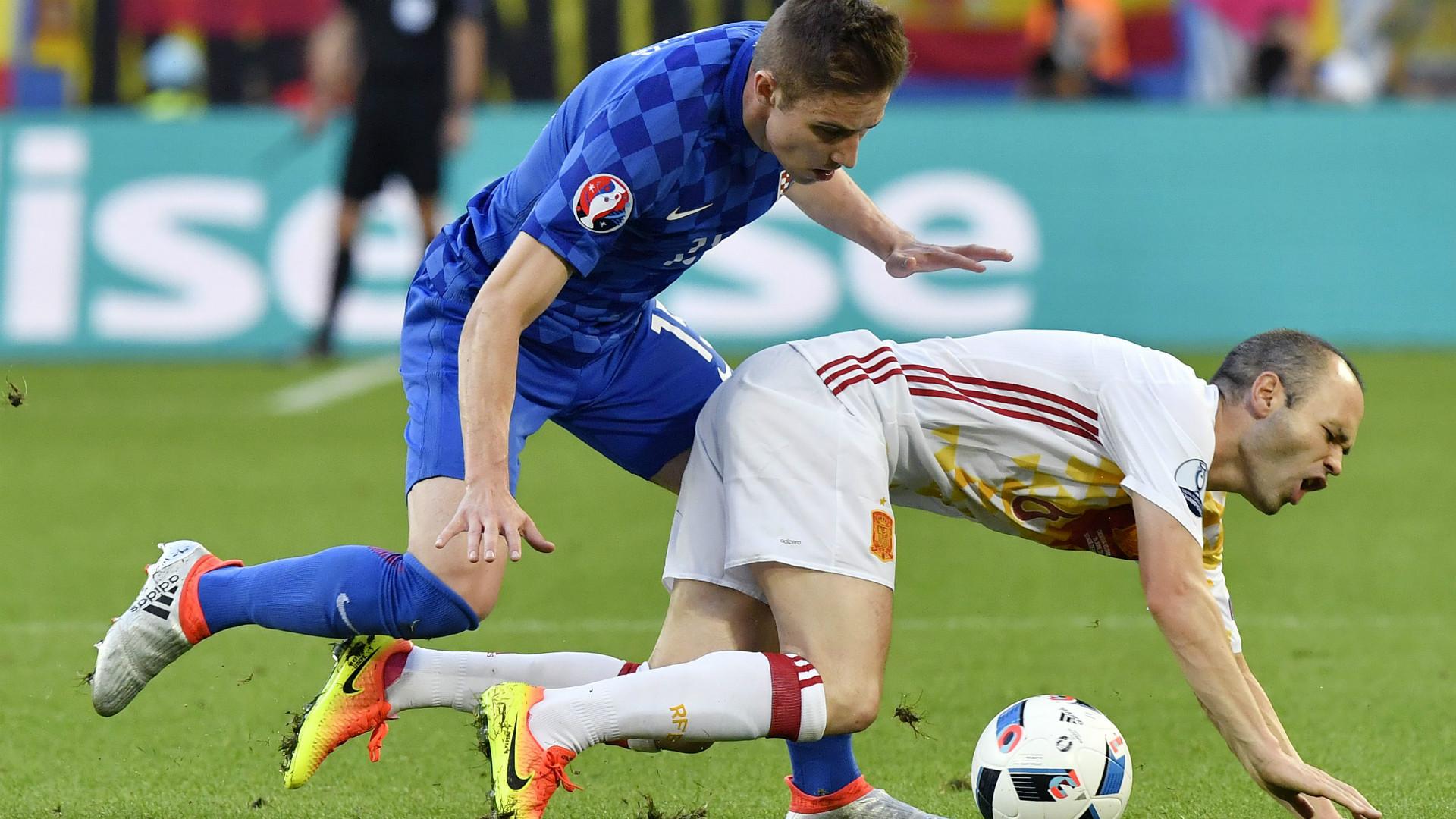Andres Iniesta Marko Rog Spain Croatia Euro 2016