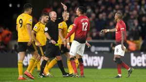 Mike Dean Ashley Young Manchester United 2018-19