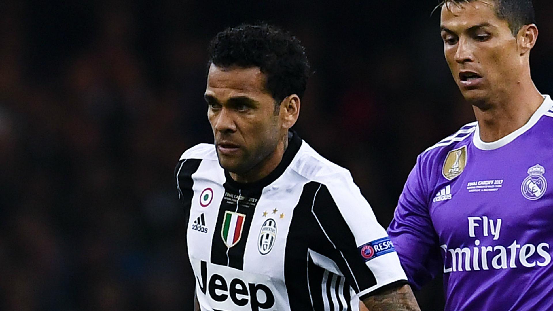 Dani Alves chiede il prolungamento. Altrimenti lascia la Juve