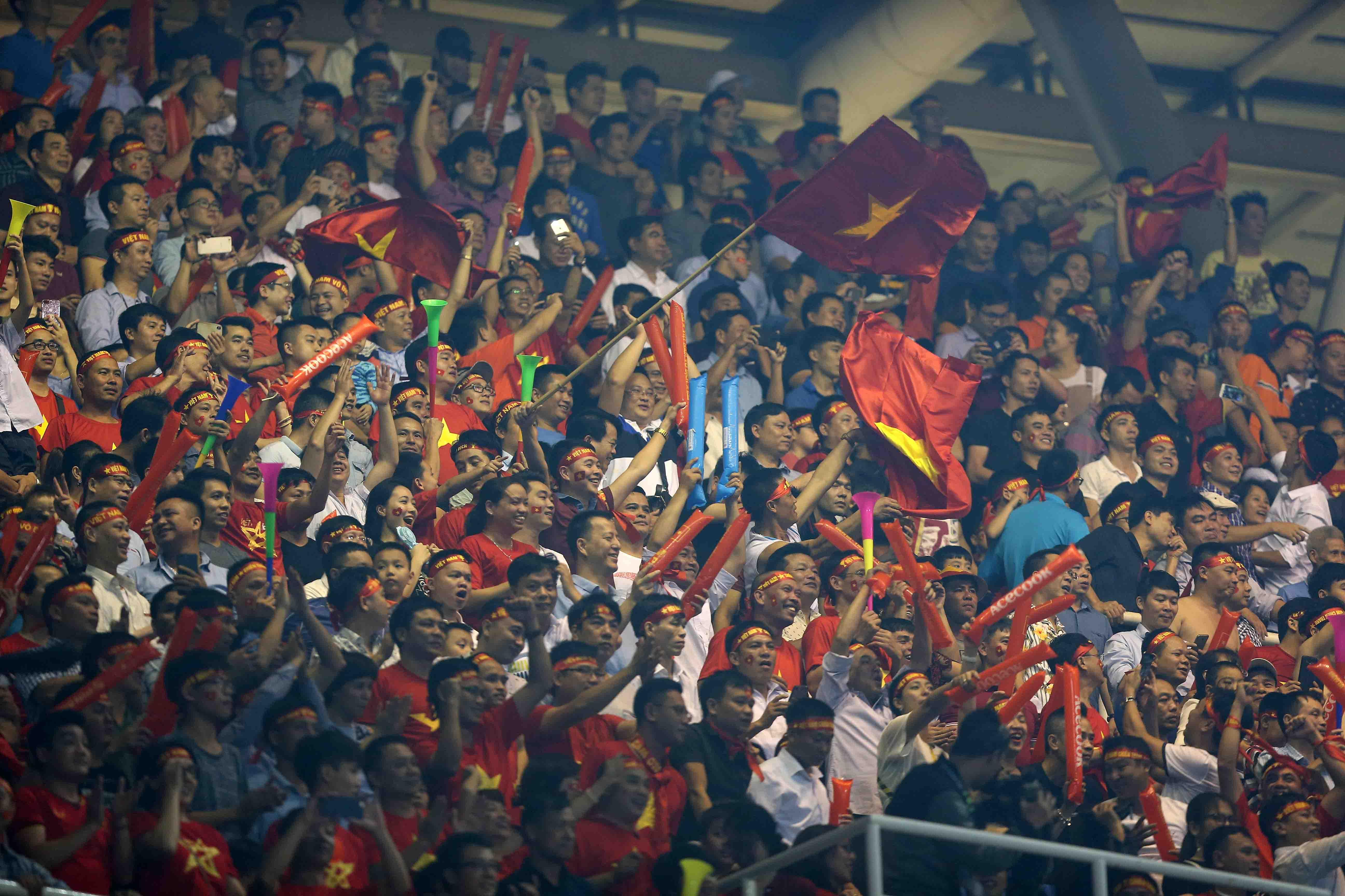 CĐV Việt Nam AFF Cup