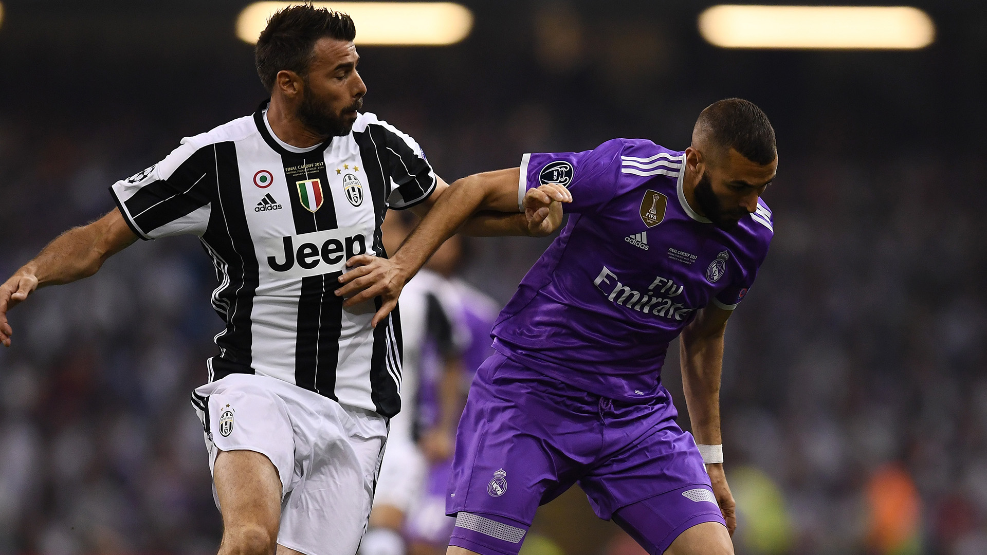 Barzagli Benzema Juventus Real Madrid