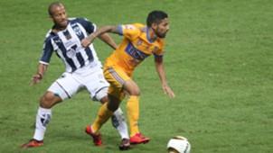 Carlos Sánchez Javier Aquino Monterrey Tigres 111217