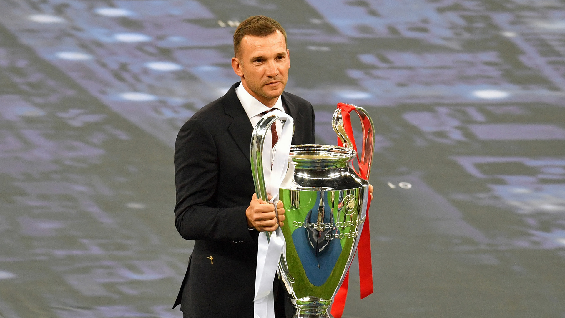 Prematch Andriy Shevchenko trophy Real Madrid Liverpool Champions League final 26052018