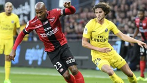Adrien Rabiot Jimmy Briand Guingamp PSG Ligue 1 13082017
