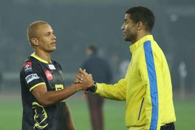 Delhi Dynamos Kerala Blasters Wes Brown David James