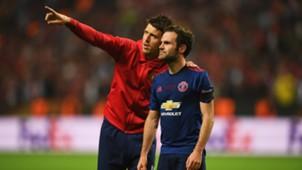 Michael Carrick Juan Mata Manchester United