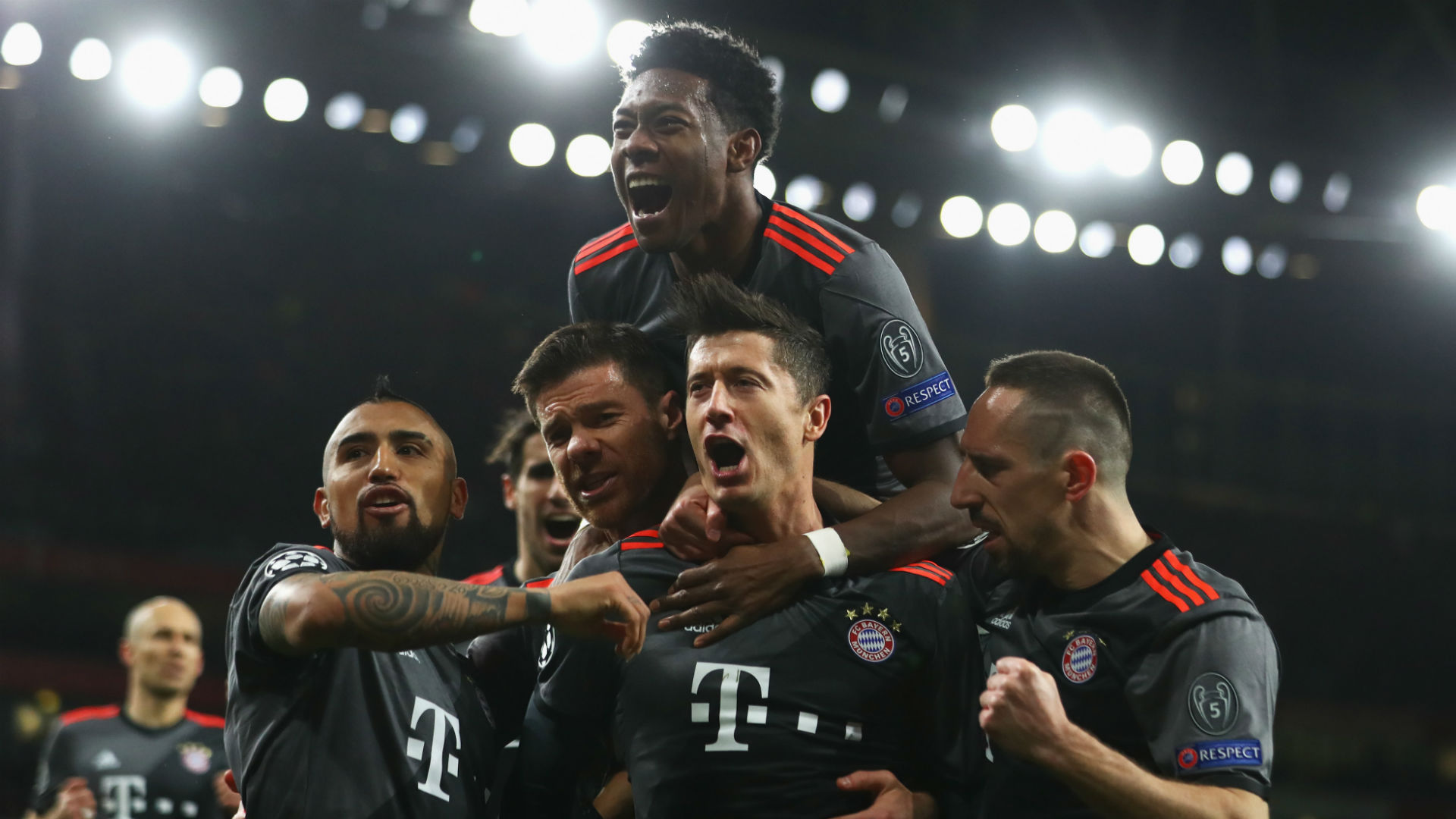 Bayern Munich celebrate v Arsenal