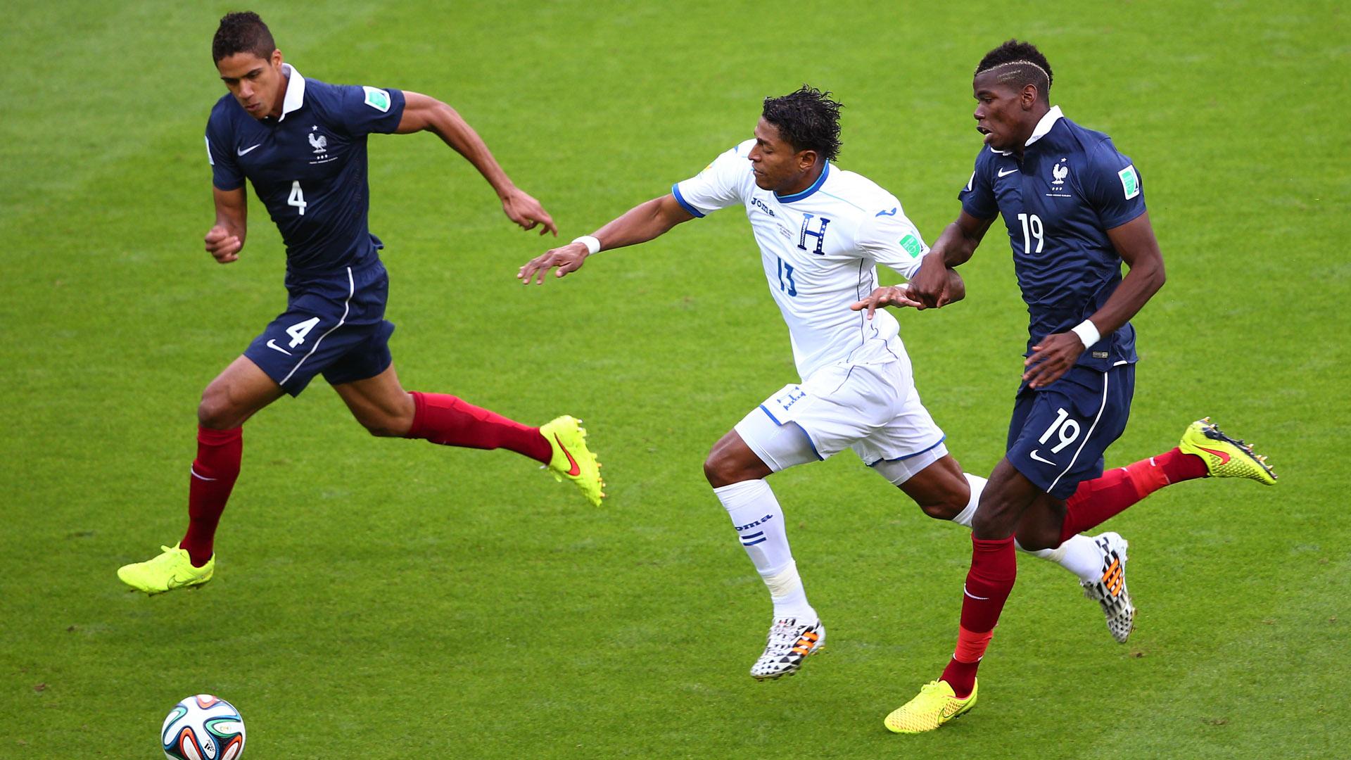 Paul Pogba Raphael Varane France