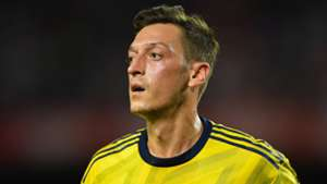 'The most important thing is to have fun' – Ozil's advice to Arsenal youngsters