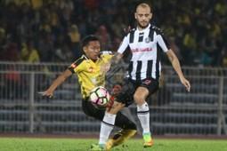 Francisco Javier 'Kiko' Insa Bohigues, Pahang, Malaysia Super League, 21012017