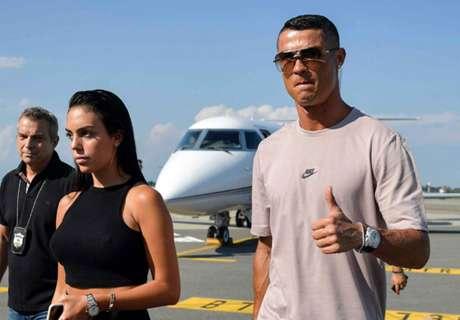 Cristiano Ronaldo è atterrato a Torino: inizia l'avventura Juventus