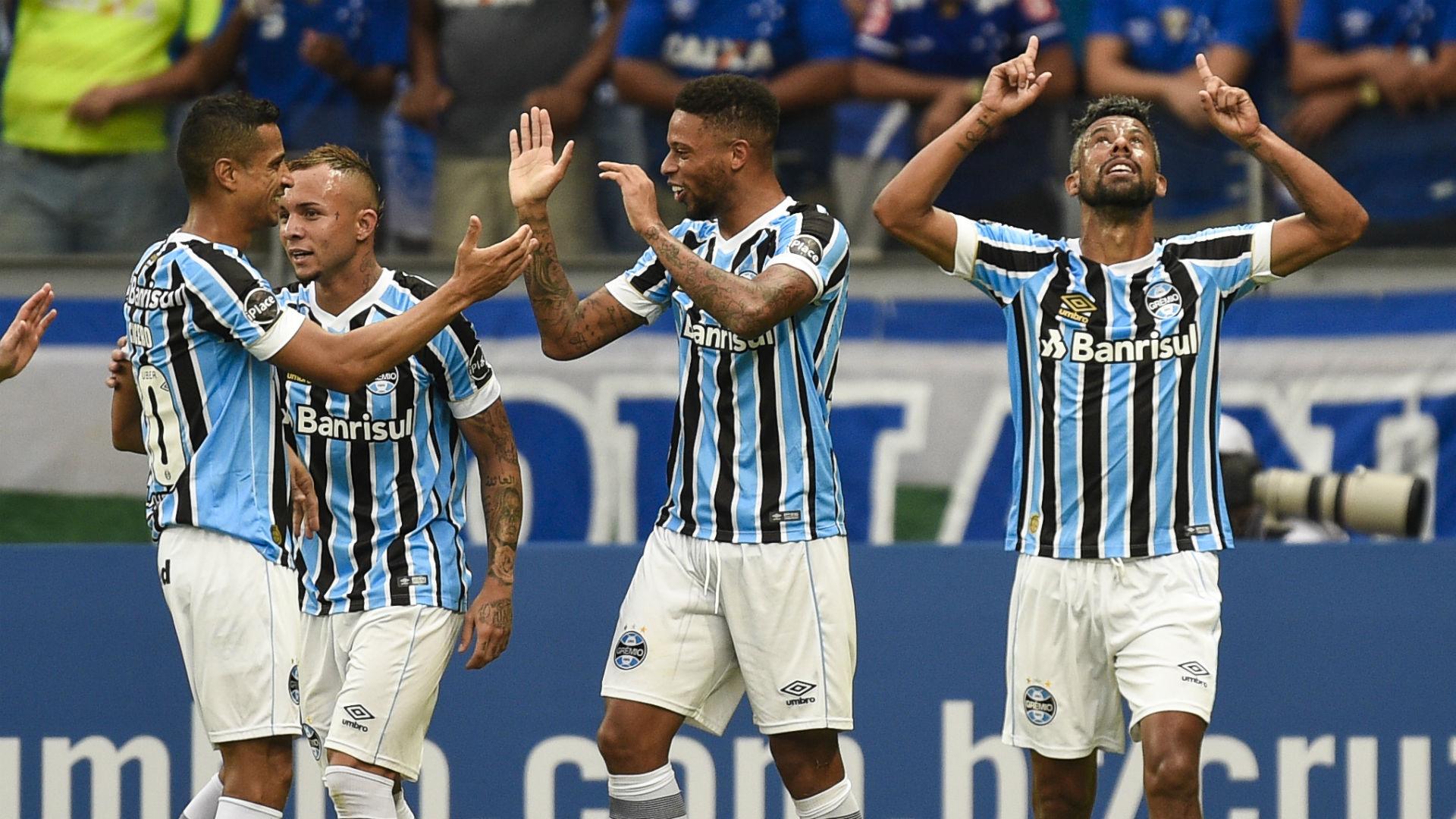 André Léo Moura Grêmio Cruzeiro Brasileirão 14 04 2018