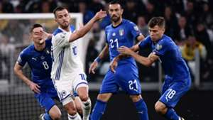 Miralem Pjanic Nicolo Barella Italia Bosnia Euro 2020