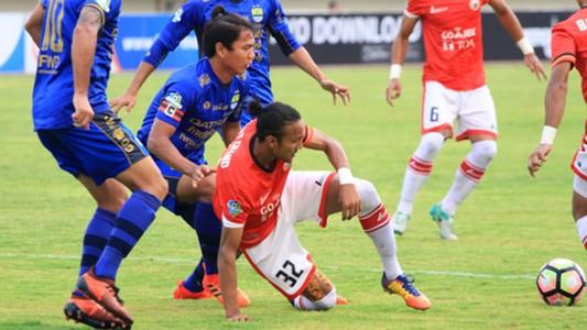 Rohit Chand - Persija Jakarta & Achmad Jufriyanto - Persib Bandung