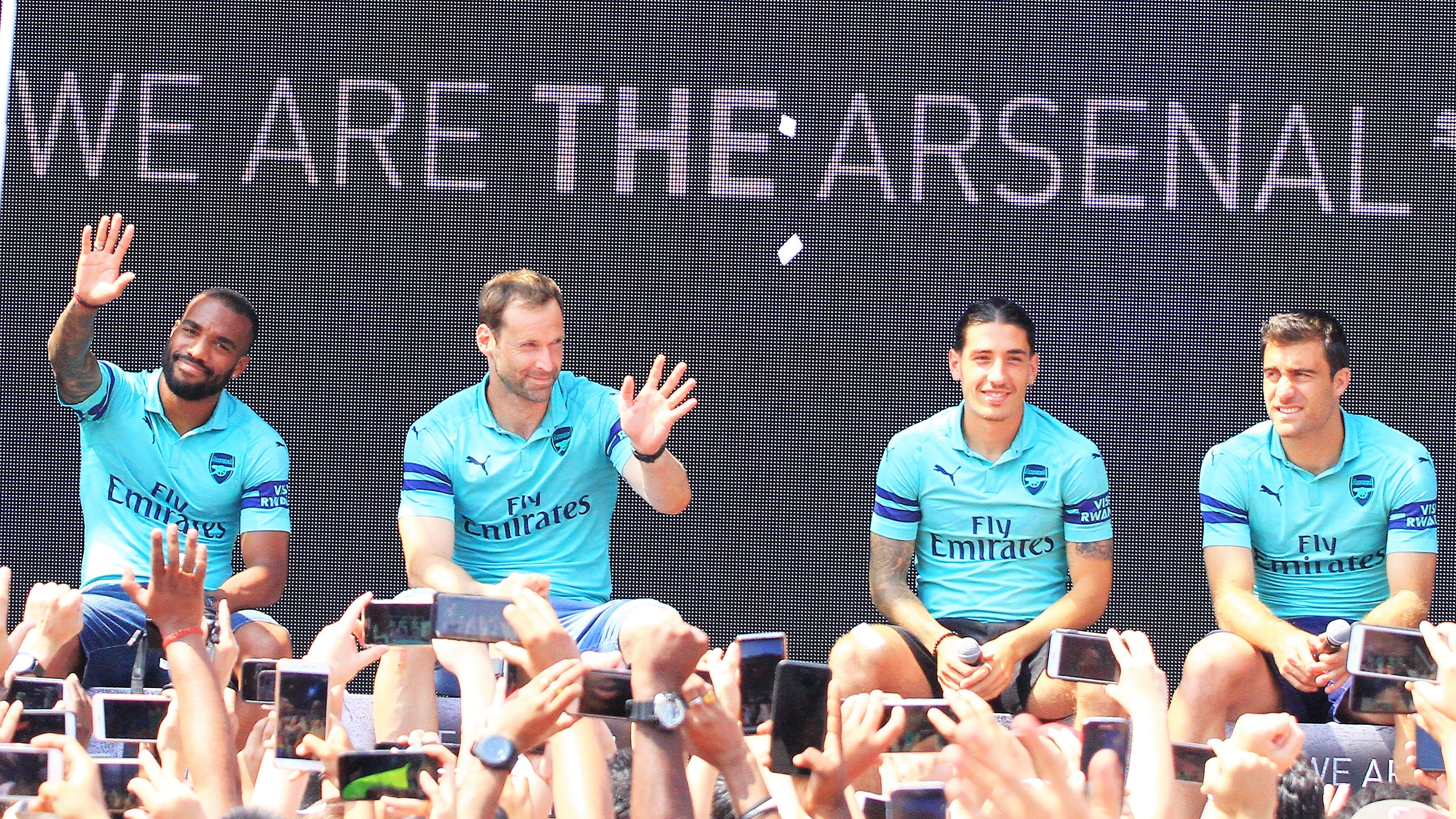 Launching Jersey Ketiga Arsenal