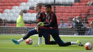 Sergio Romero Sam Johnstone Manchester United Premier League