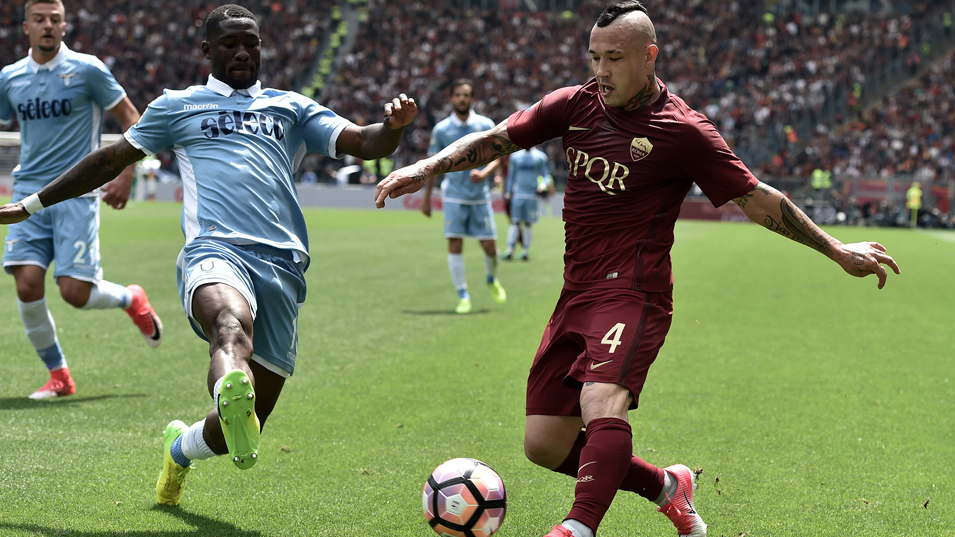 Roma-Lazio, torna Rocchi: giallorossi imbattuti in casa nei derby