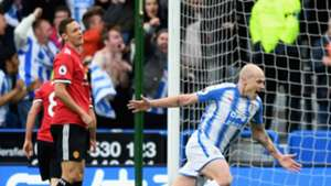 Aaron Mooy Huddersfield Town Nemanja Matic Manchester United