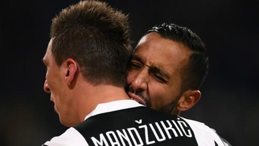 Mario Mandzukic Mehdi Benatia Juventus Crotone Serie A