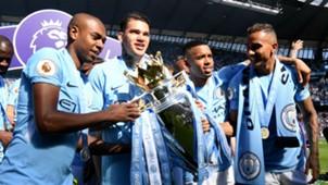 Fernandinho Ederson Gabriel Jesus Danilo Manchester City título Premier League 06 05 2018