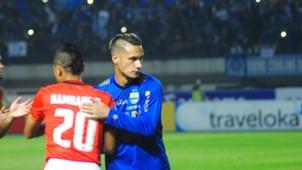 Bambang Pamungkas & Raphael Maitimo - Persija vs Persib