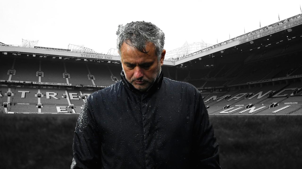 Jose Mourinho, Old Trafford monochrome