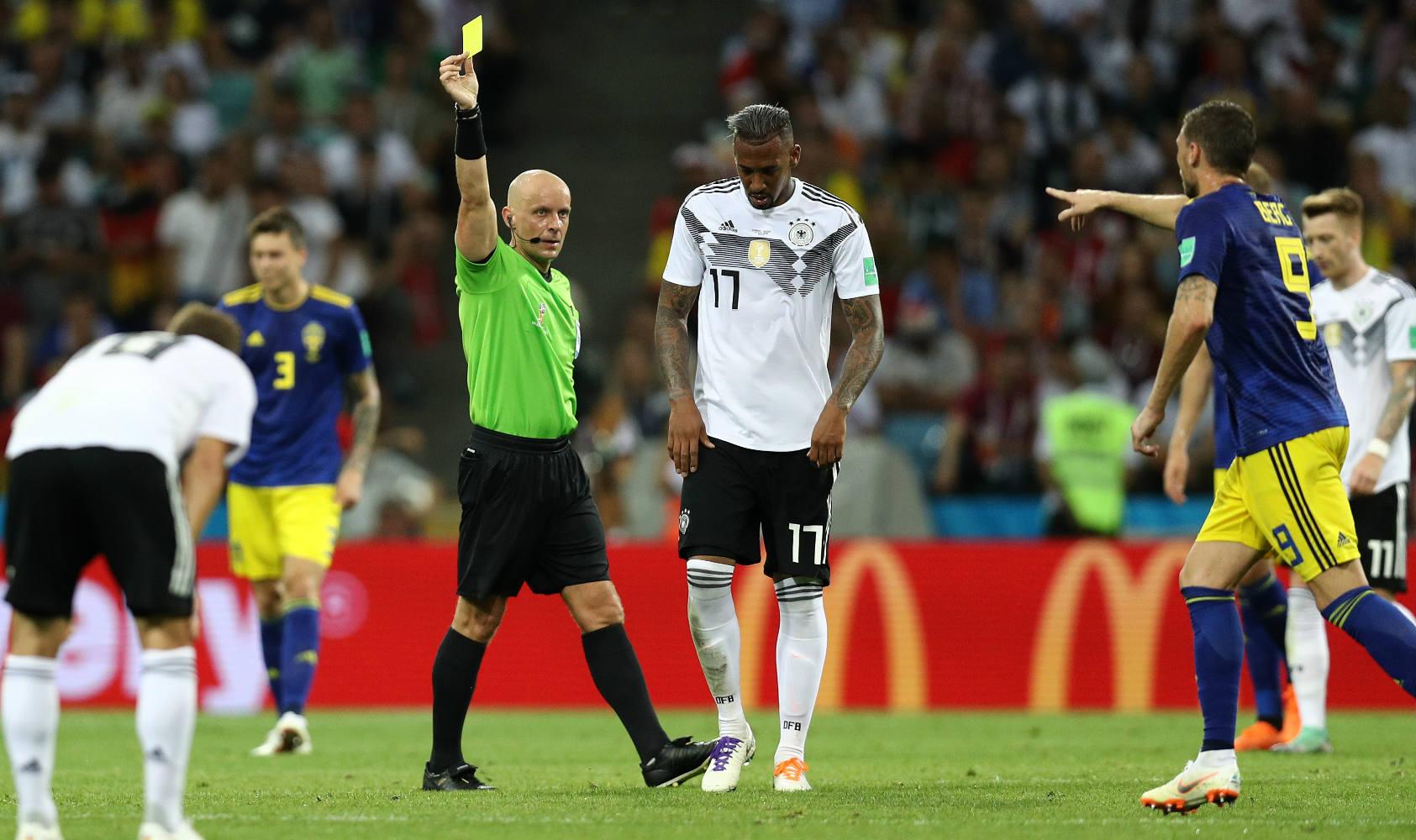 Jerome Boateng expulso Alemanha Suecia Copa 2018