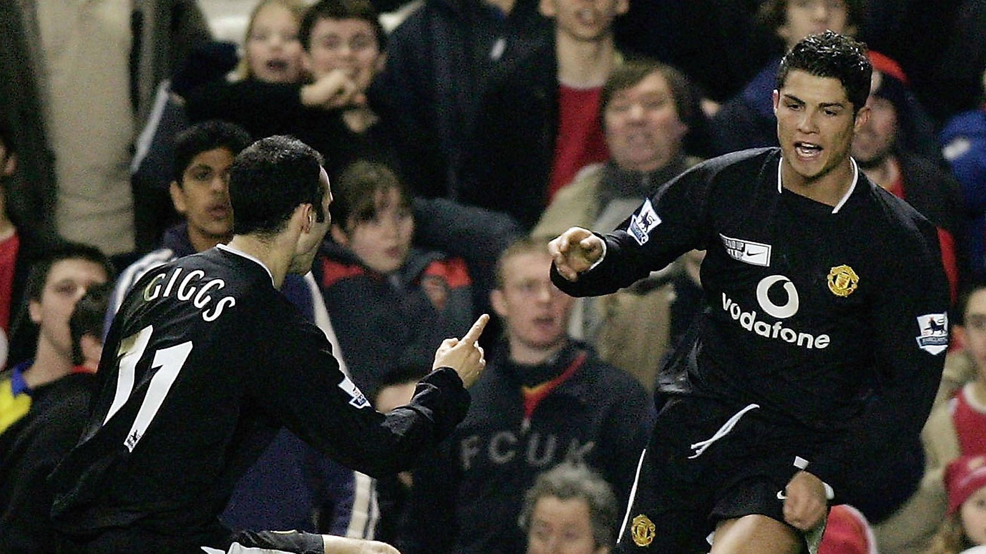 Ryan Giggs Cristiano Ronaldo Manchester United 2005
