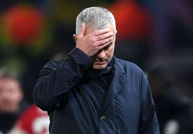Manchester United - Pour Rio Ferdinand, les choix défensifs de José Mourinho sont les plus gros problèmes des Red Devils