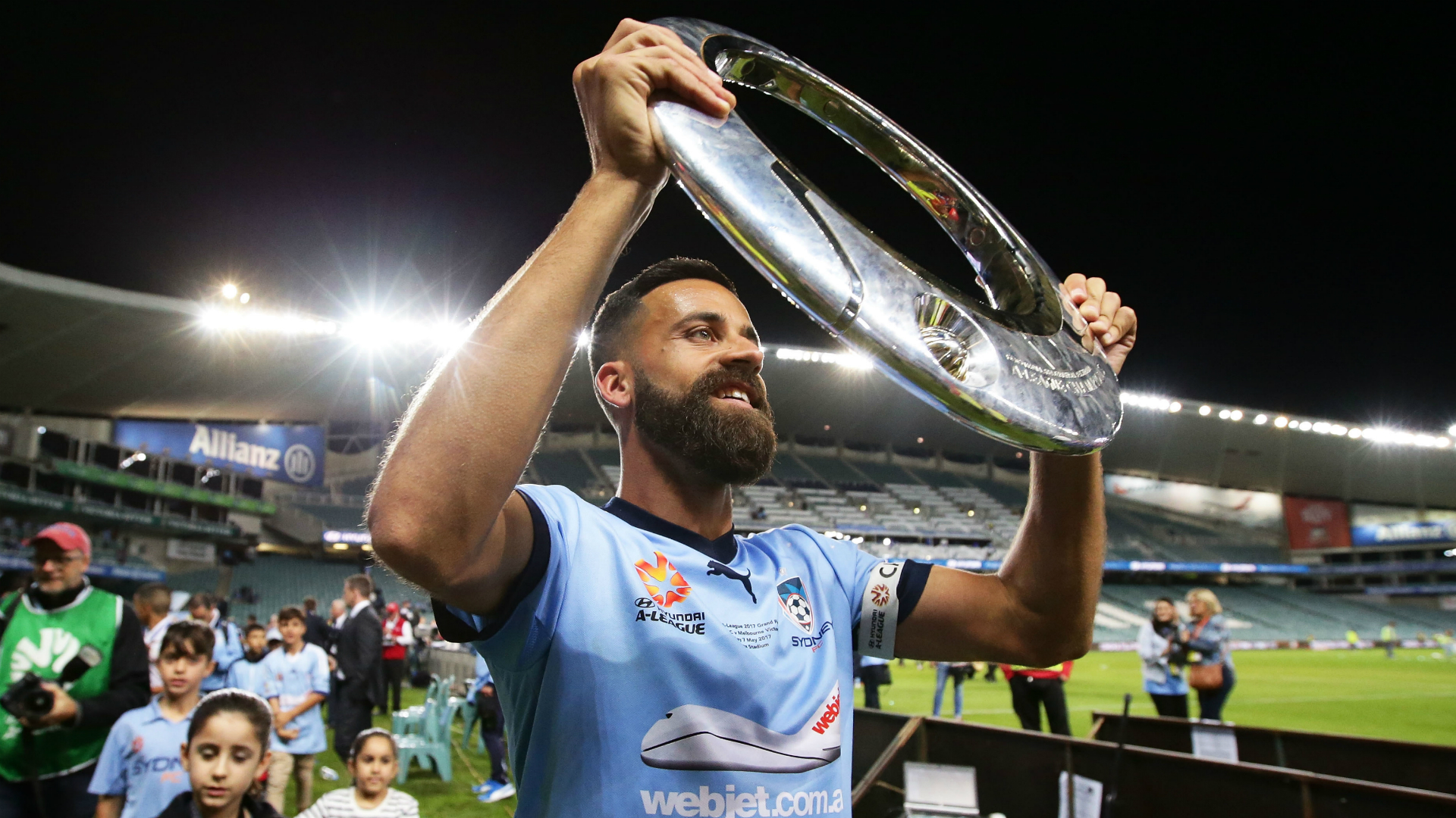 Alex Brosque Sydney FC v Melbourne Victory A-League 07052017
