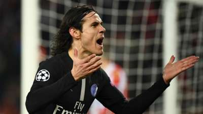 Red Star PSG Edinson Cavani Champions League 11122018