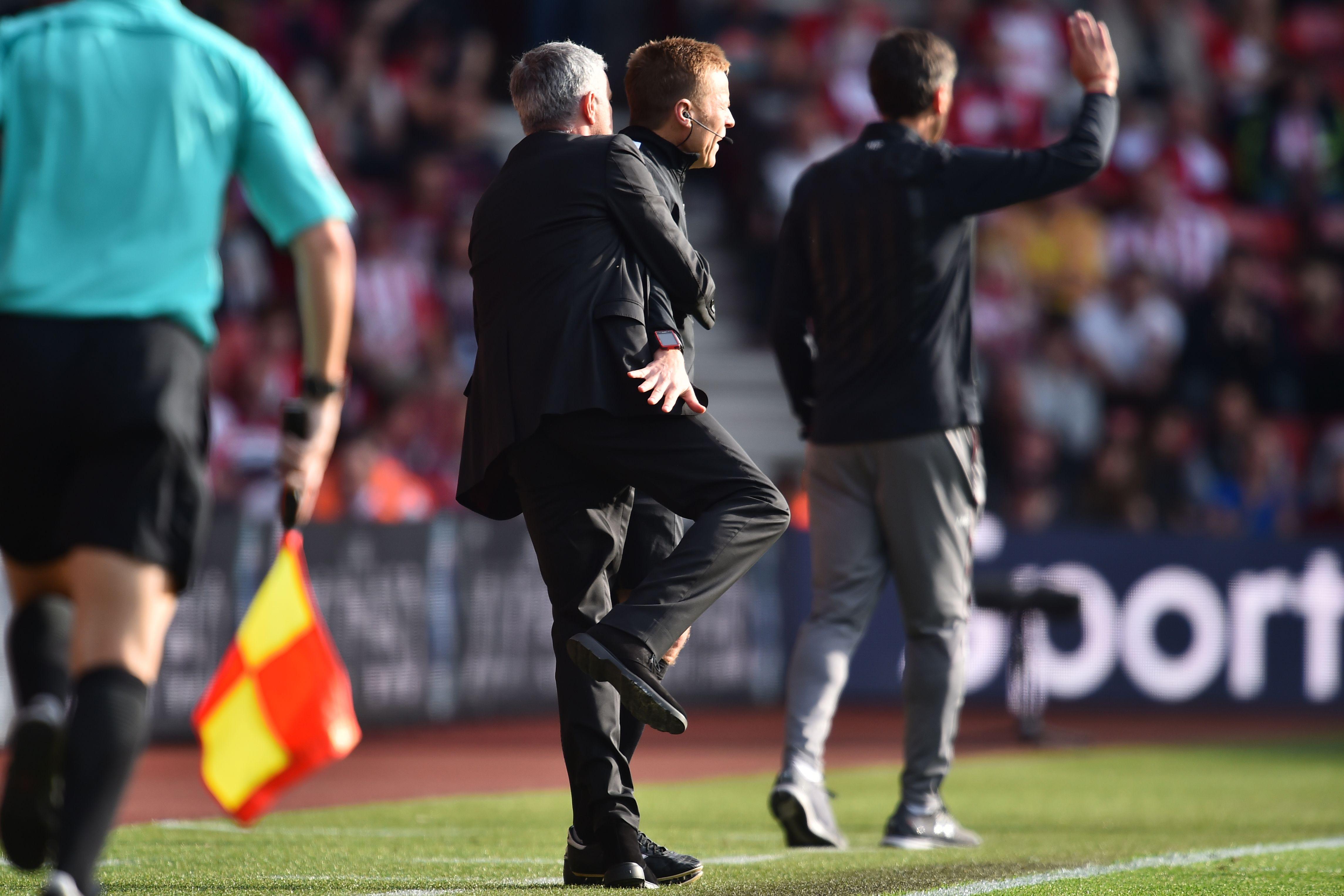Jose Mourinho & Fourth official