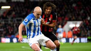 Aaron Mooy Nathan Ake Huddersfield Bournemouth Premier League 04122018