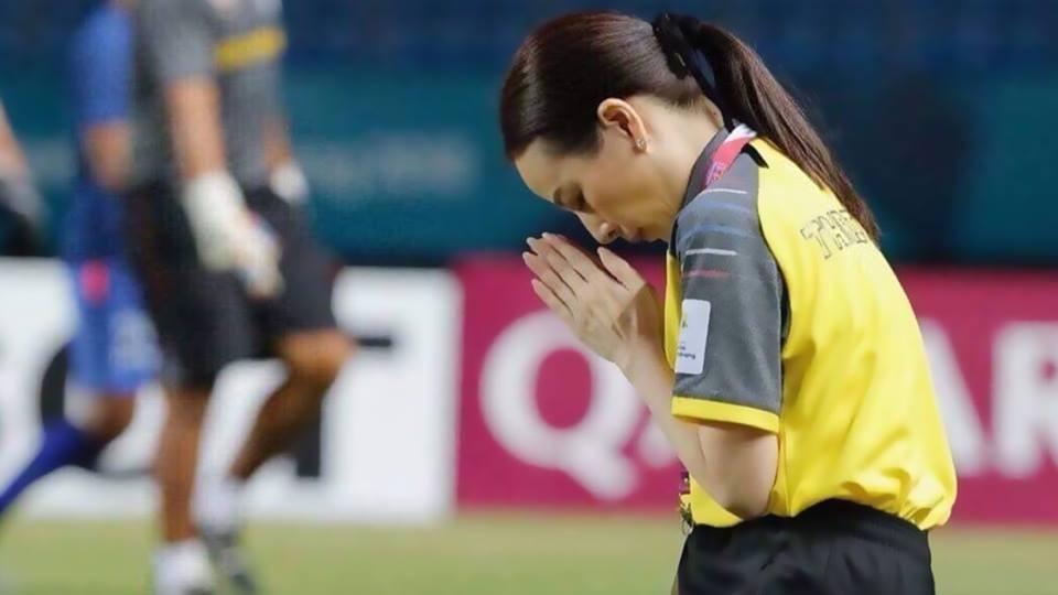 Image result for แป้งขอโทษแฟนบอลหญิงตกรอบเอเชียนเกมส์