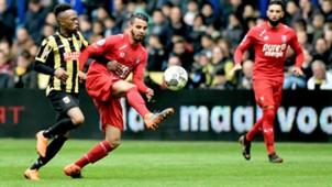Thulani Serero, Adam Maher, Vitesse - FC Twente, Eredivisie 04292018