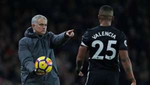 Jose Mourinho Antonio Valencia Man Utd 02122017