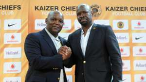 Pitso Mosimane and Steve Komphela - Kaizer Chiefs v Mamelodi Sundowns.