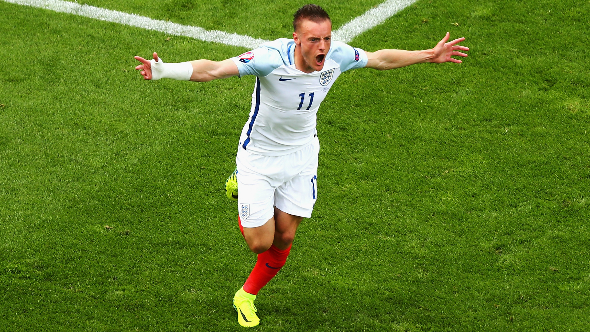 Euro 2016: England's Jamie Vardy eyes fairytale ending