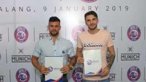 Pavel Smolyachenko & Robert Lima - Arema FC