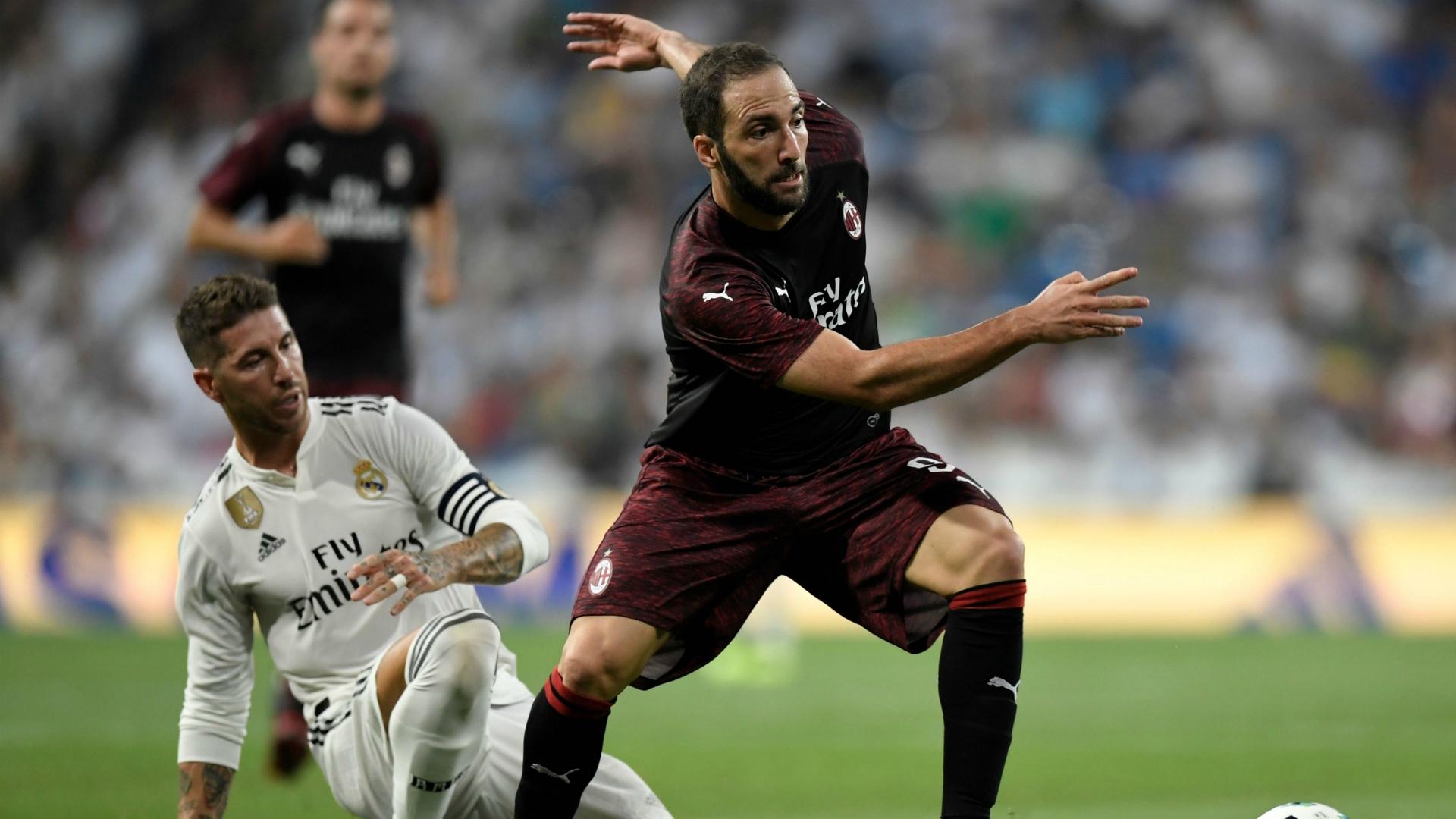 Sergio Ramos Gonzalo Higuain Real Madrid Milan Friendlies 08112018