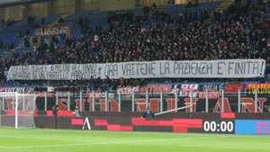 Milan fans banner against Donnarumma