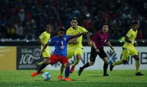 JDT vs Global