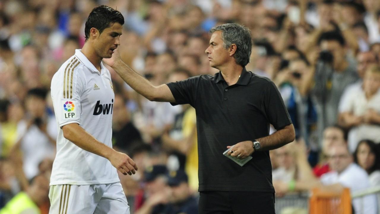 Natiijada sawirka Jose Mourinho and Ronaldo fight